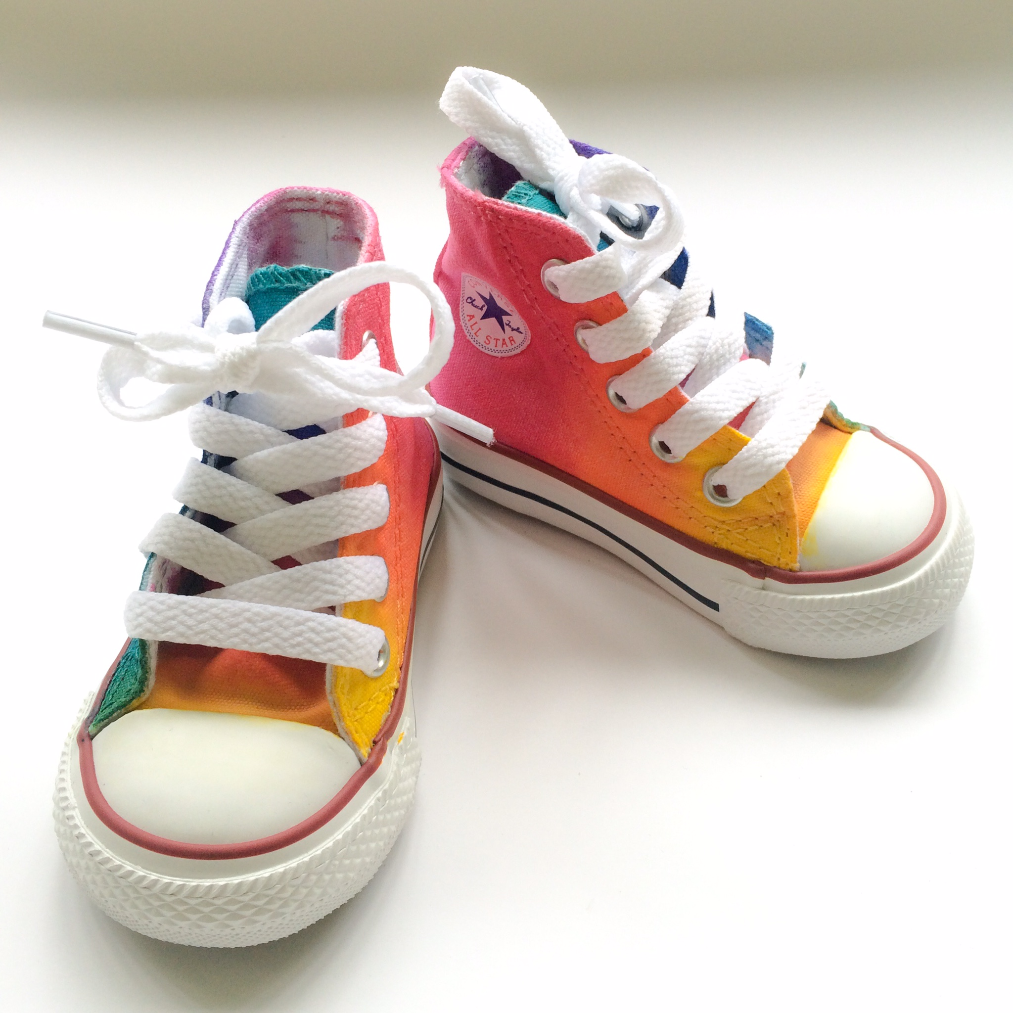 Toddler Rainbow Converse