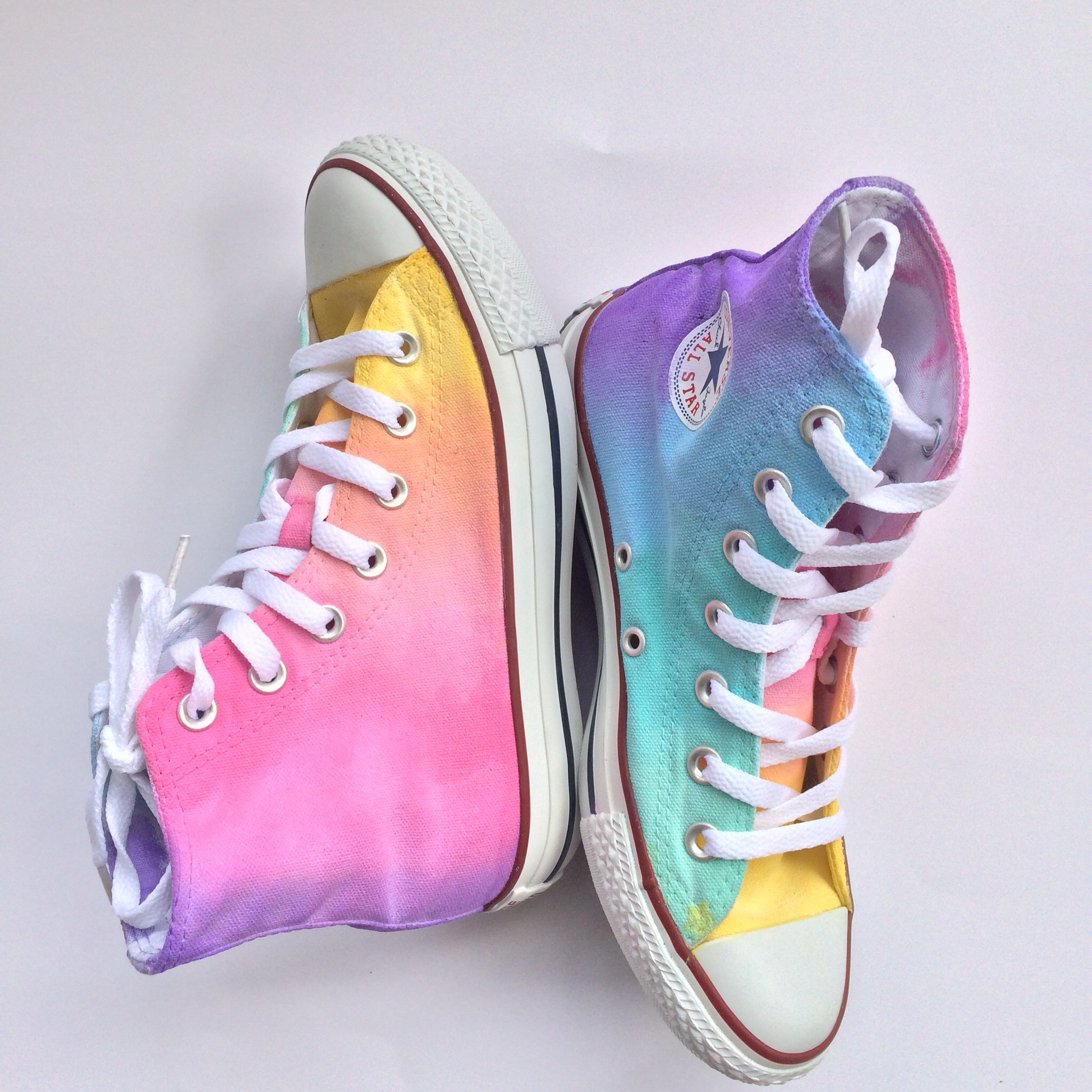 6cde89895cf4 Pastel Rainbow High Top Converse