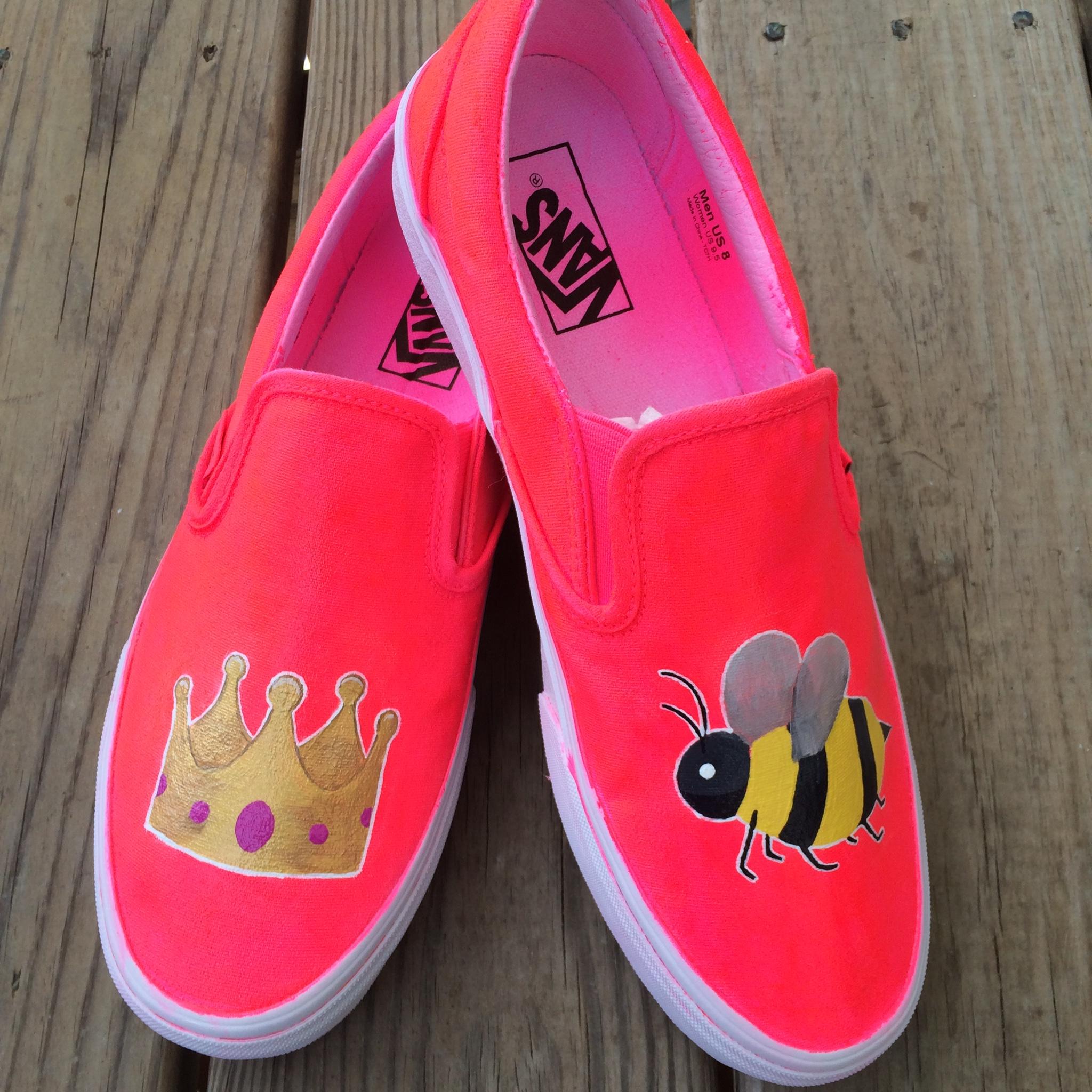 65cda7d8fa5bee Queen Bee Emoji Vans
